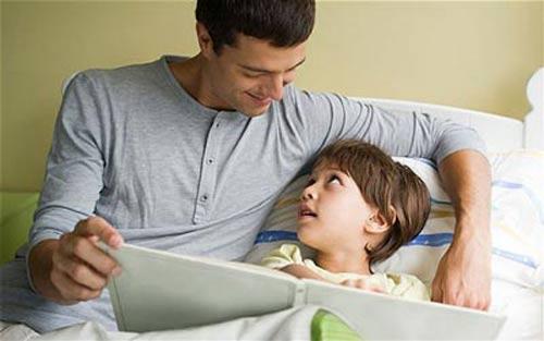 فواید خواندن داستان برای کودکان