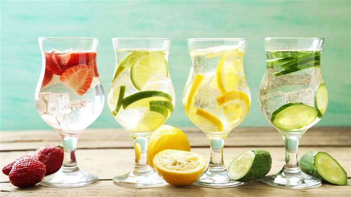 ۷ نوشیدنی طبیعی و خانگی برای لاغری بیشتر
