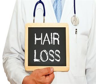 کدام عادت های غلط به سلامت موها آسیب می زنند؟