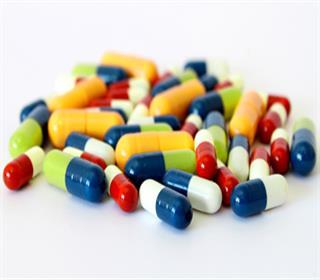 مصرف غیرمسئولانه و خودسرانه آنتی بیوتیک ها موجب پیدایش عفونت های خطرناک تر می شود