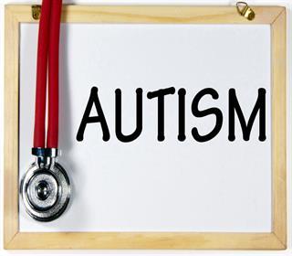 ضرورت تشخیص به موقع اوتیسم و ارجاع آنان / از هر ۶۰ تا ۷۰ کودک متولد شده یک نفر دچار اوتیسم است