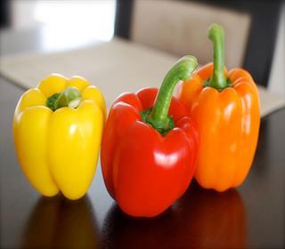 از حرارت دادن ۸ ماده غذایی پرهیز کنید