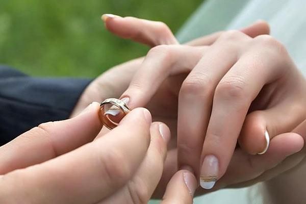 بهترین سن ازدواج برای خانم ها و آقایان