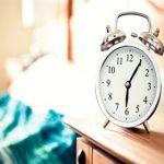 ۷ مزیت خواب کوتاه روزانه برای بدن