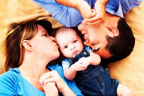 اگر کودک رابطه زناشویی والدین را دید، چه کنیم؟