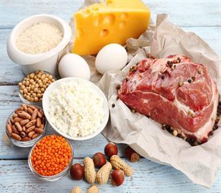 مصرف زیاد پروتئین ۶ عارضه جدی برای بدن دارد