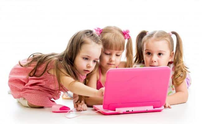 نقش اینترنت در افزایش بلوغ زودرس کودکان