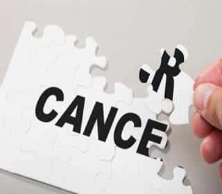 ۹ نشانه سرطان در مردان